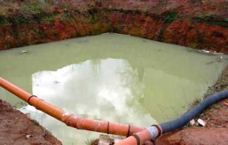 Grundwasser in Baugrube