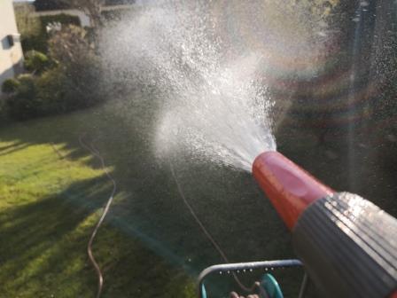 Gartenbewässerung im April
